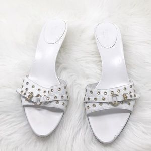 GUCCI White Embellished Kitten Heel Sandals